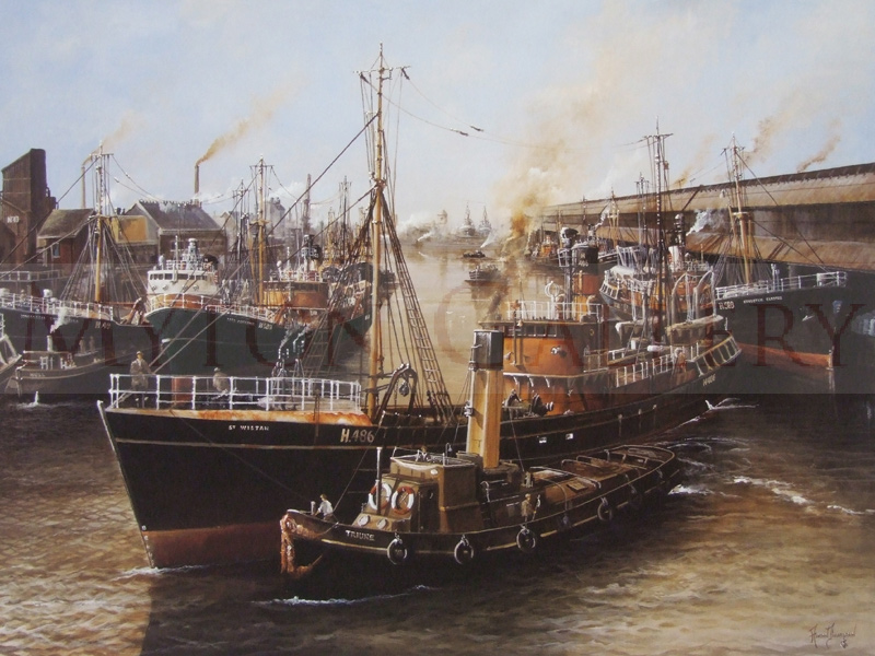 adrian thompson tricky manoeuvres trawlers in st andrews dock hull